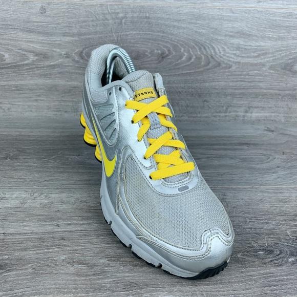 d4fcdb4ad0e8 Nike Women s Shox Livestrong Running Shoes. M 5c41866834a4ef8489900bea